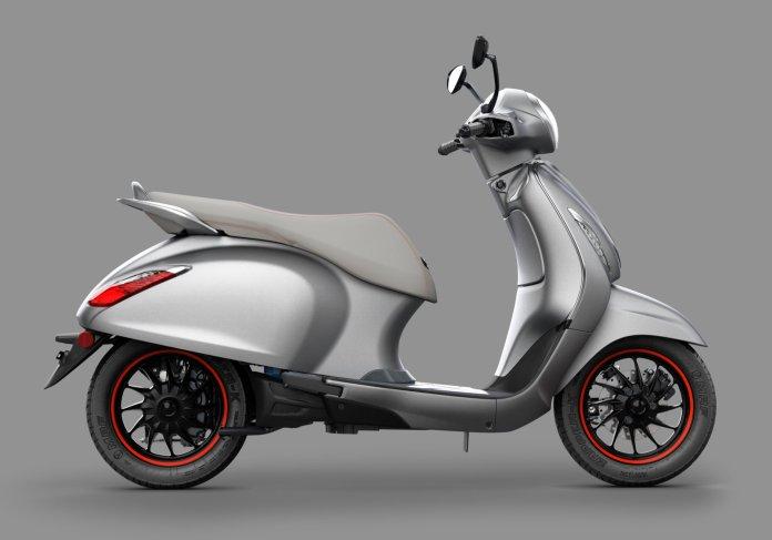 bajaj chetak electric scooter images 006