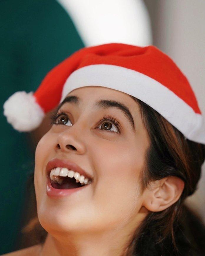 Actress And actors Christmas Celebration 2019 Photos w2 001