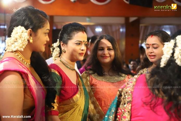 actress mahalakshmi marriage photos 010