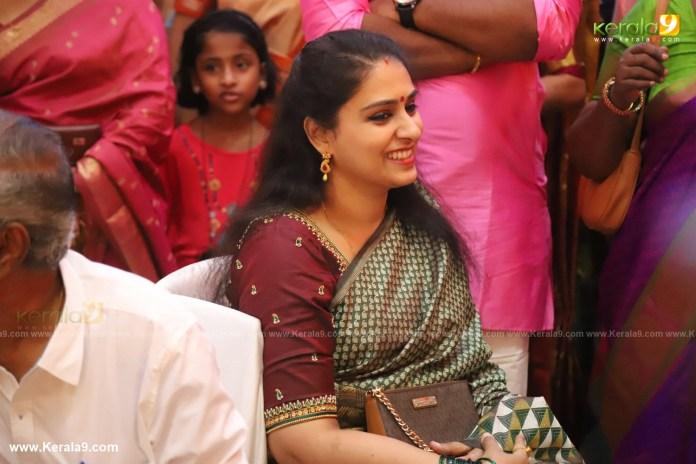 actress mahalakshmi marriage photos 035