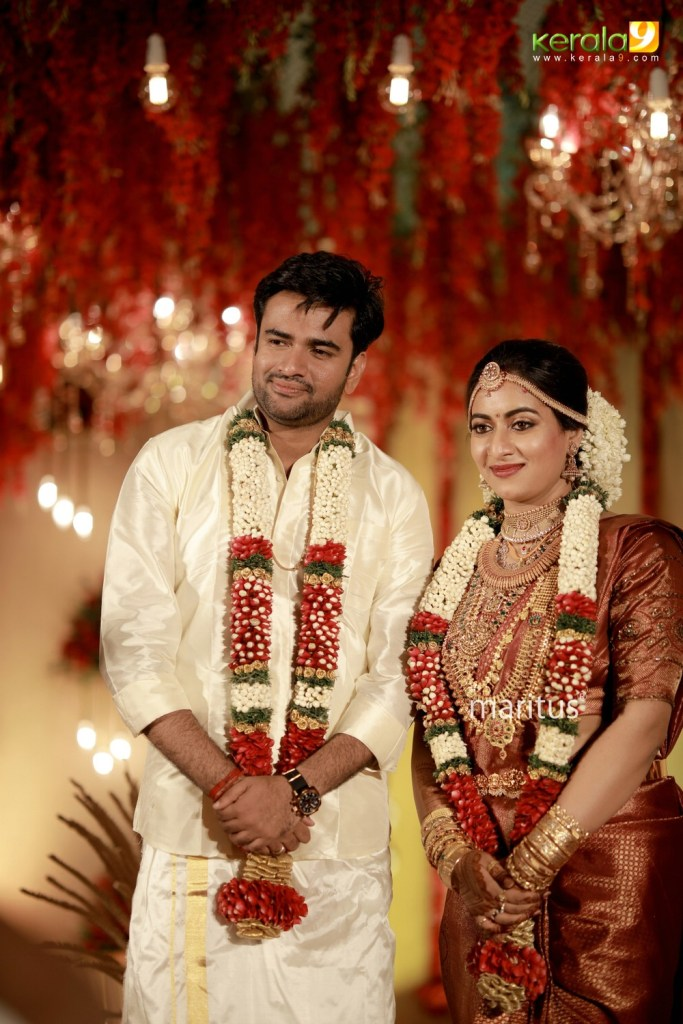 maniyan pillai raju son marriage photos 020