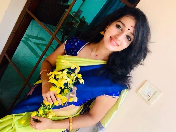 malavika menon vishu celebration pics 001