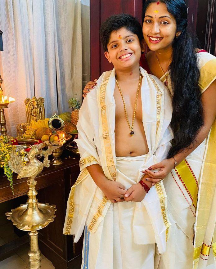 navya nair vishu celebration pics 001