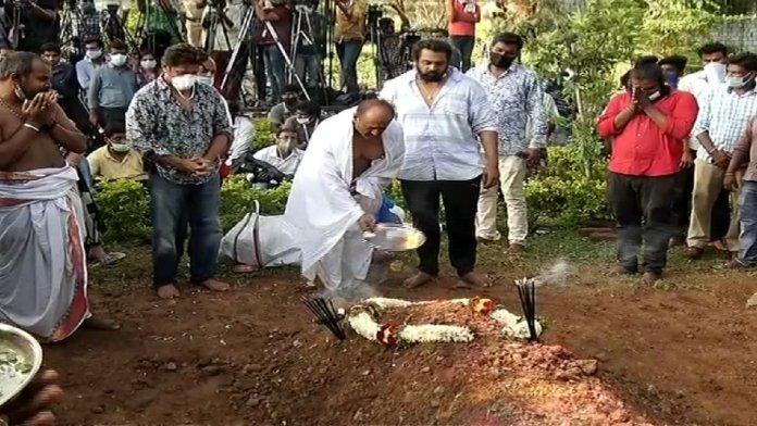Meghana Raj Husband Chiranjeevi Sarja Funeral Photos 018