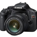 Checking Out The Canon EOS Rebel T2i 18 MP CMOS APS-C Digital SLR Camera