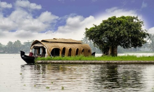 Which is the better backwater destination - Kumarakom or Alleppey - Kerala  Holidays Pvt. Ltd.