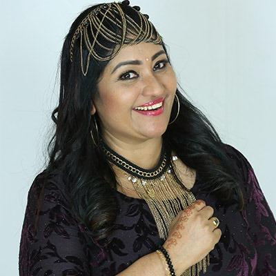 Thezni Khan - Bigg Boss Malayalam 2 Contestant
