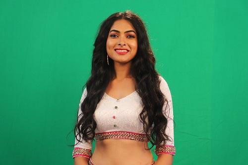 Divi Vadthya - Bigg Boss Telugu season 4 Contestant