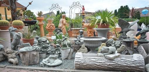 Steingussfiguren für Ihren Garten in frostfester Qualität.