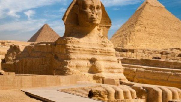 meser_piramitleri_sfenks