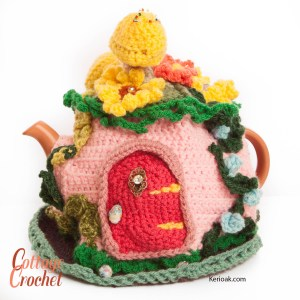 Fairytale garden tea cosy