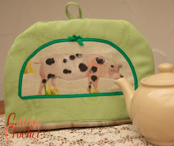 Spotted Pig Tea Cosy