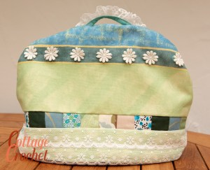 Green Lacy Tea Cosy