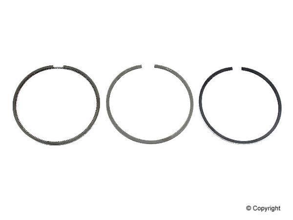 Engine Piston Ring Set [038198151] [Goetze] (1 per piston