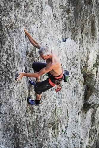 Kletterer Michael Hoffmann in Mazedonien - Reisefotografie Reportage Rotpunktschule