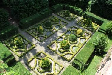 Marlia, Villa Reale, a régi kastély kertje