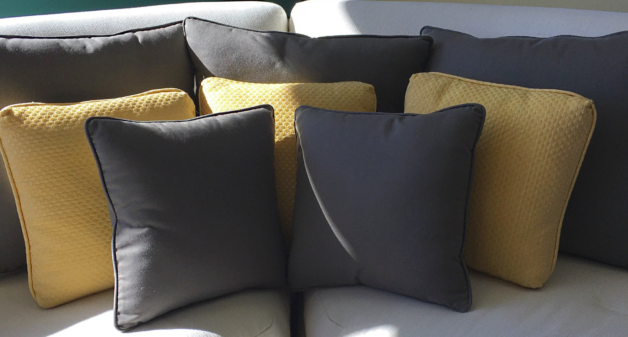Throw cushions to finish off your décor.
