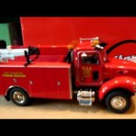 peterbilt 335 mechanics truck unboxing