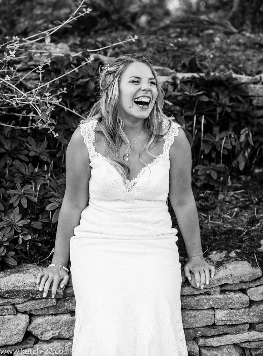 Animated photo of bride laughing