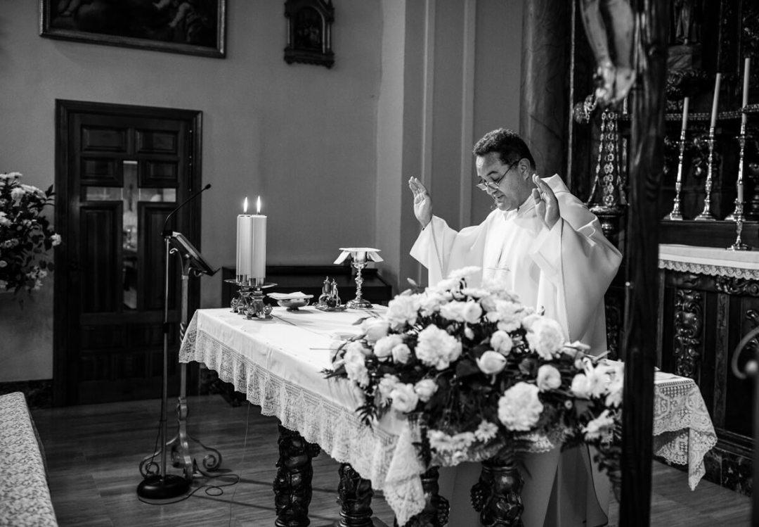 Catholic priest at wedding in Malaga