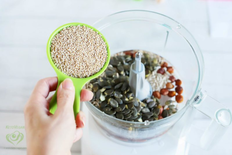 Add raw unhulled sesame seeds | keto-vegan.com