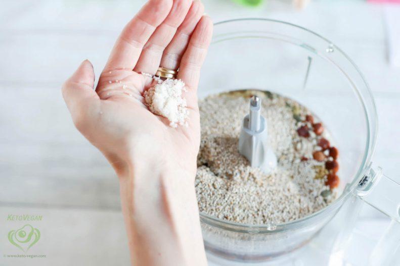 Add unrefined sea salt or Himalayan salt | keto-vegan.com