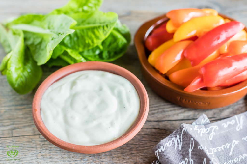 Easy Keto-Vegan Mayonnaise | keto-vegan.com