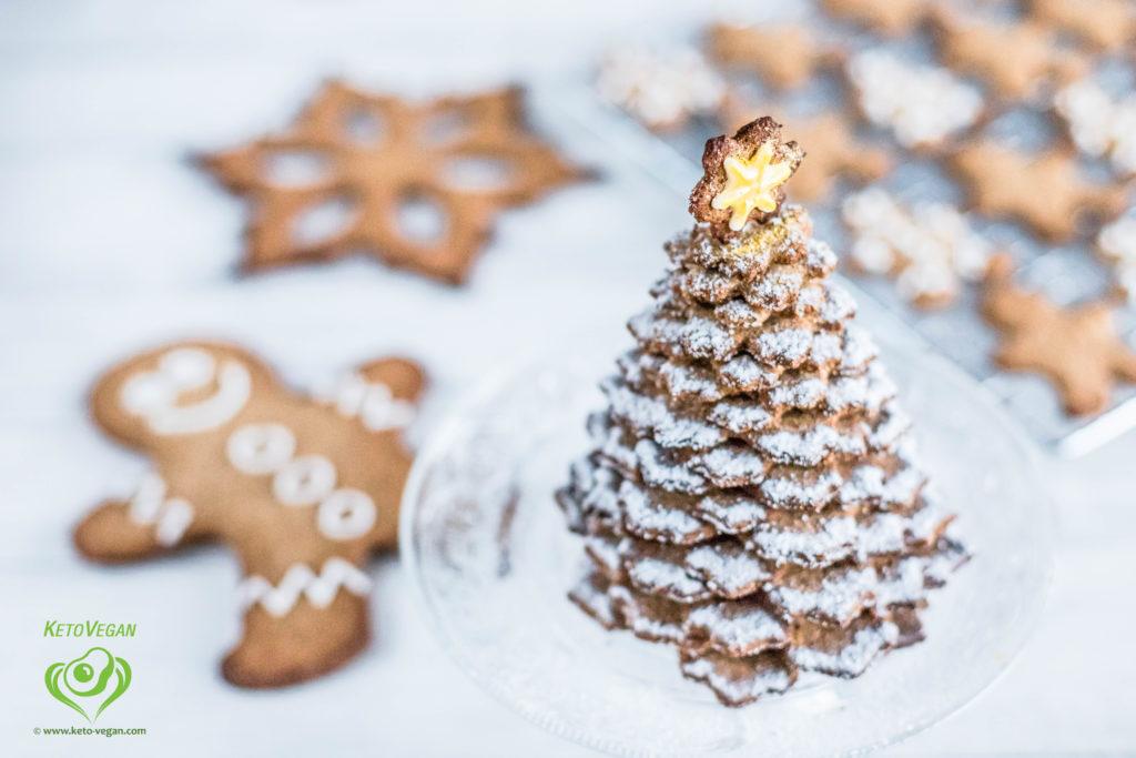 Grain-Free Sugar-Free Vegan Gingerbread Cookies | www.keto-vegan.com