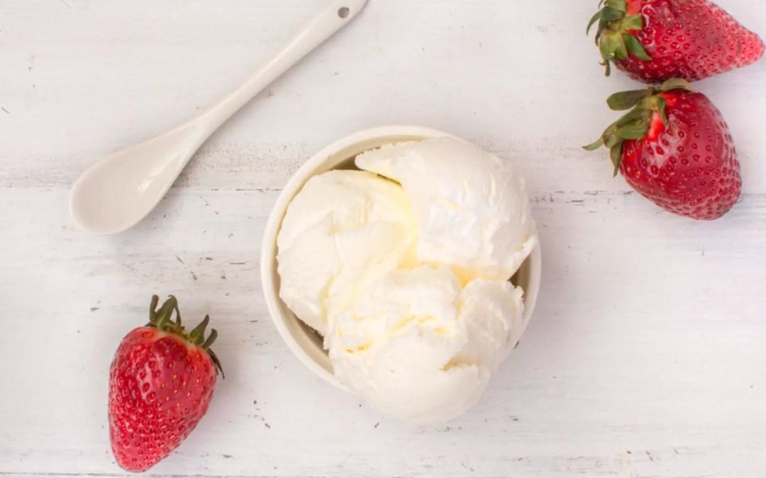 Keto vanille ijs met 4 ingrediënten