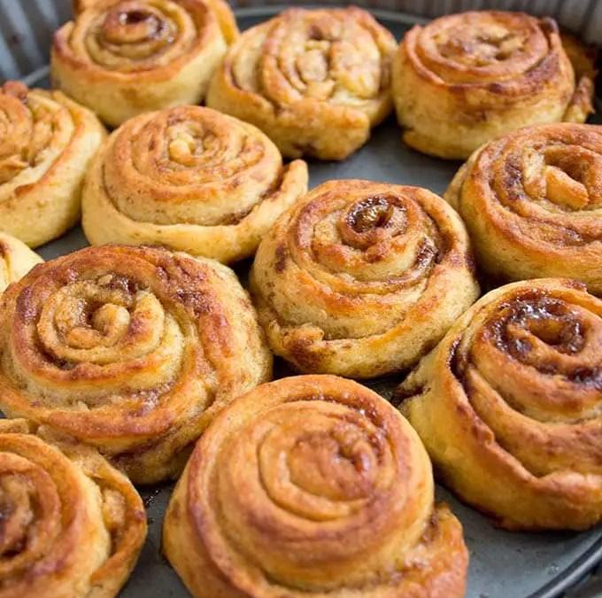 Keto cinnamon rolls recept