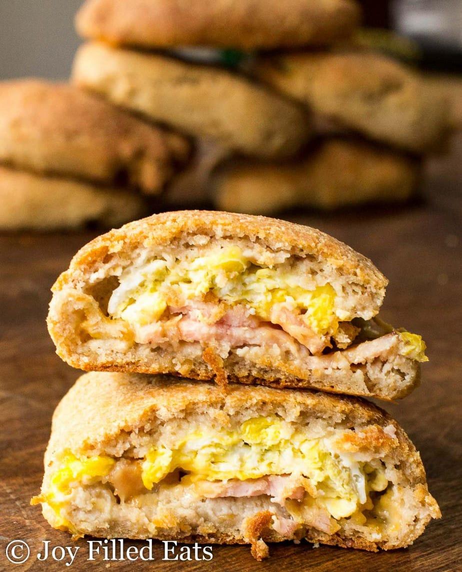 Delicious breakfast pockets for an easy Keto breakfast.