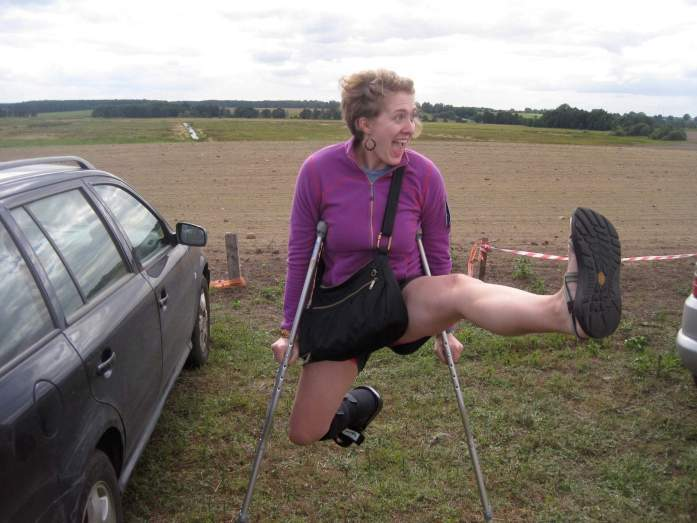 Traveling on crutches – here I am swinging from my crutches at a music festival outside Minsk, Belarus. ©KettiWilhelm2015