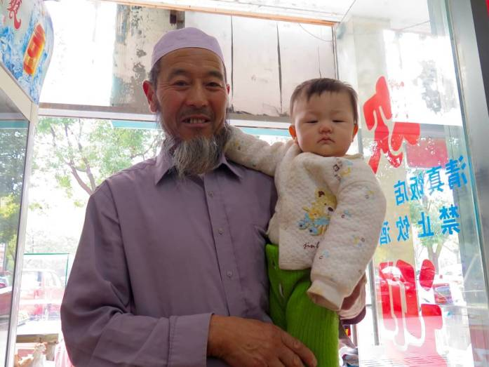 While living in China I made friends with this old man and his baby in the noodle shop we all frequented. ©KettiWilhelm2015