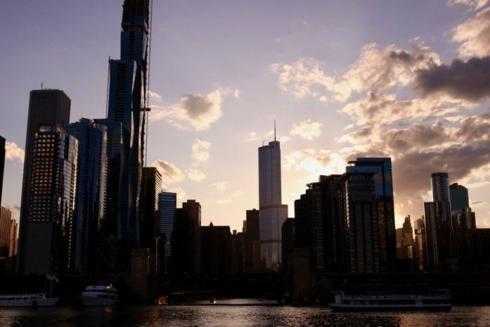 The Chicago skyline at sunset seen from Lake Michigan aboard an architecture boat tour. ©KettiWilhelm2019