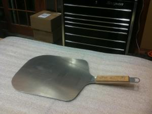 The KettlePizza Pro Pizza Peel