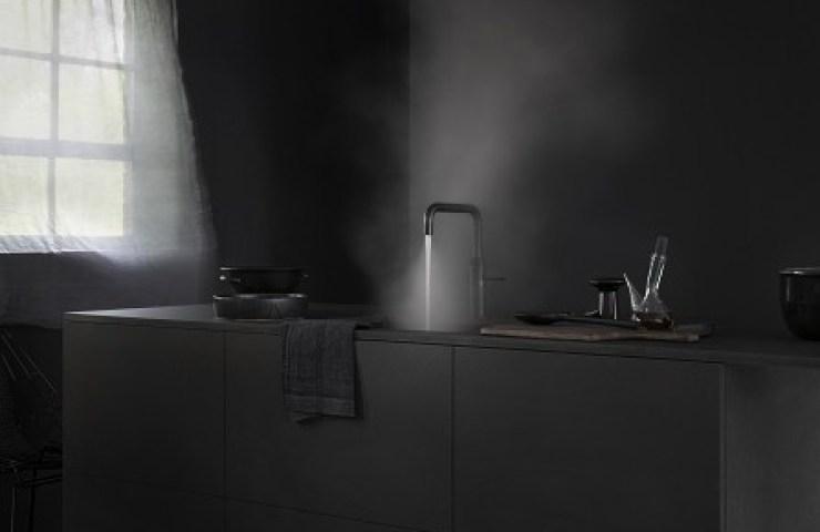 Fusion Design Keukens : Poëtische introductie intens zwarte quooker keuken & design