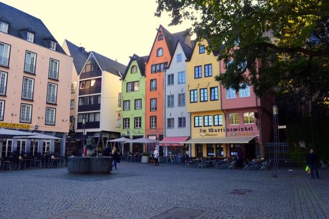Passeio em Colônia-Praça Fischmarkt