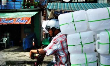 Vietnam_Motorcyclist