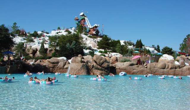 blizzard-beach-wave-pool-1-12