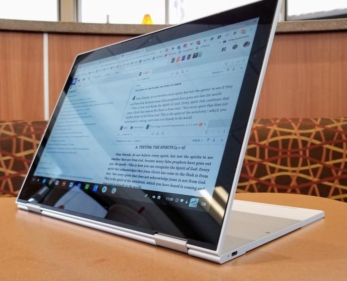 google pixelbook reflective display