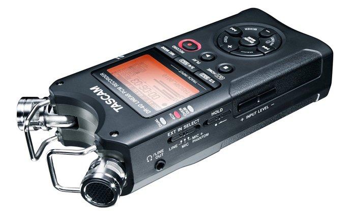 tascam dr-40 4 track portable digital recorder