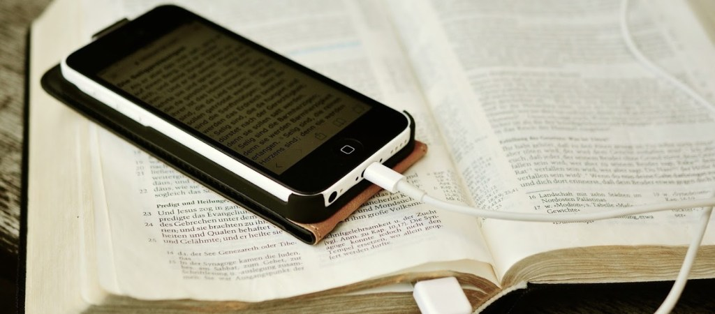 Print or Digital Bible App: Which One Is Best?