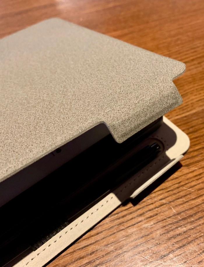 MobiScribe Notepad review Magnetic clasps