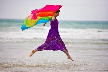 laura-hollick-rainbow-bird-16