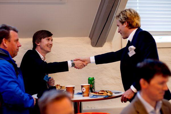 mano - advisors y mentores de una startup