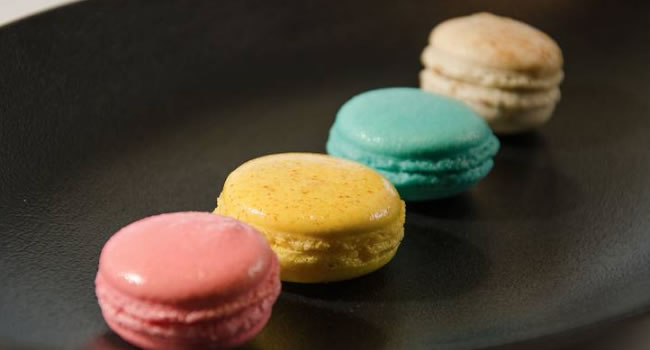 como hacer macarons de colores