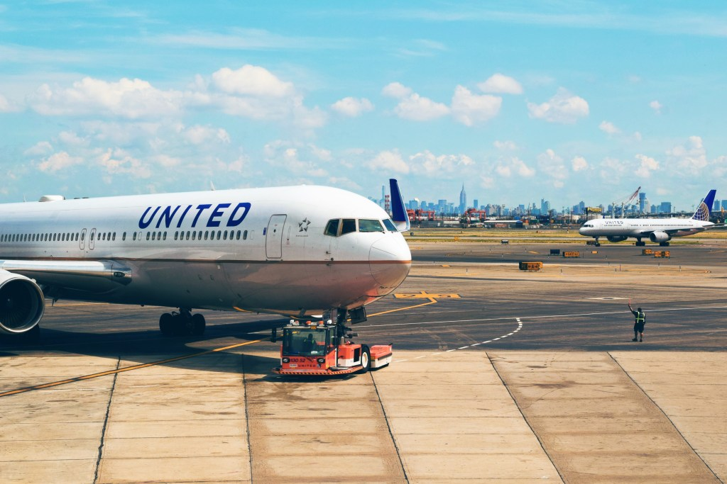 United-Airlines-CEO-Key Person of Influence