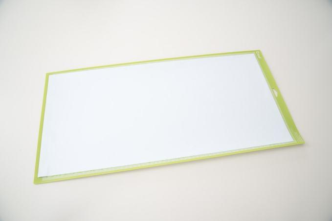 Cricut cutting mat with white vinyl