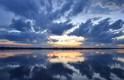 water reflecting sky