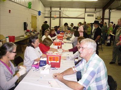 Stone County Medical Center's volunteers doing Tests